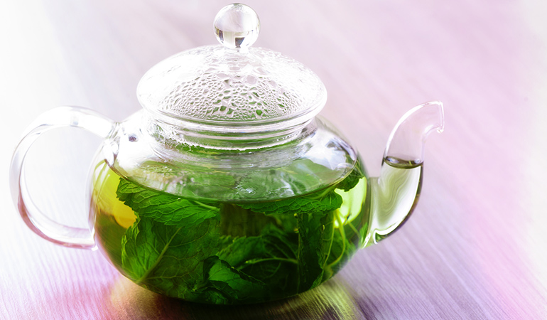Peppermint tea soothes your throat