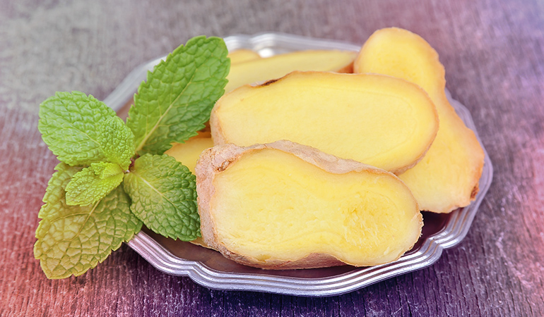 Mint has antibacterial and cooling properties and ginger is good for toning and the removal of scars.