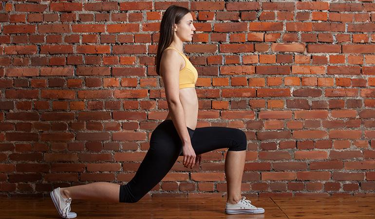steps of kneeling lunges