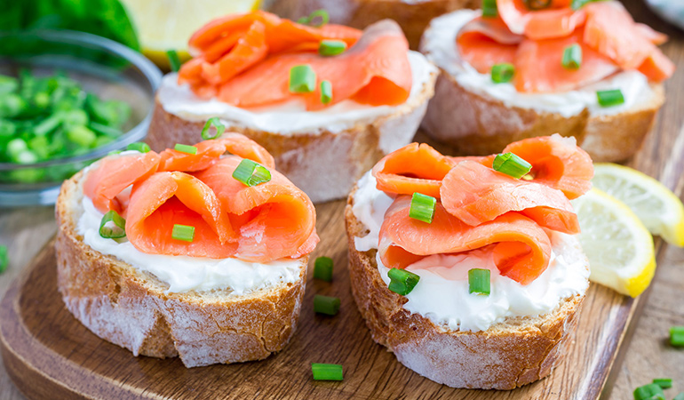 A lox toast with salmon contains omega-3 fats that are good for the brain