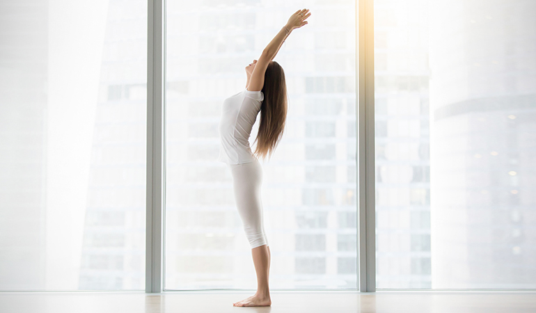 The palm tree pose stretches your abdominal muscles