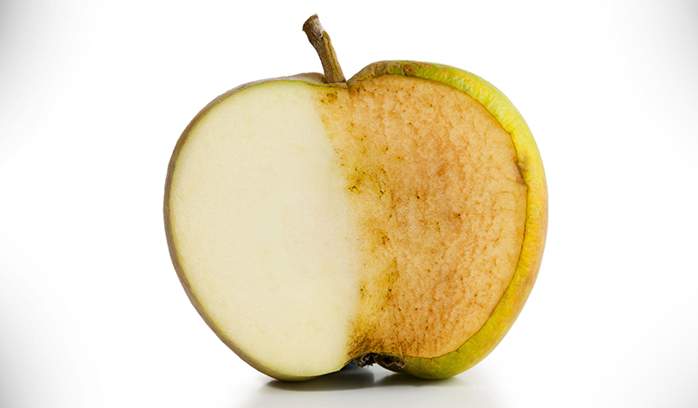 Sprinkle lemon juice on apple to keep them from going brown