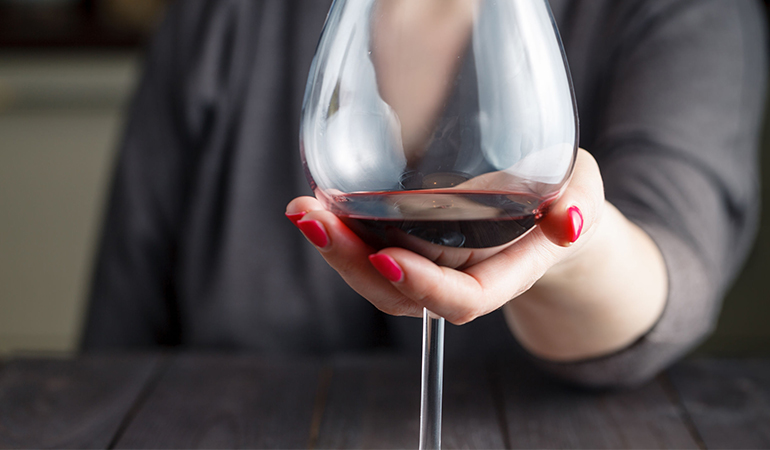 Red wine is beneficial for the heart