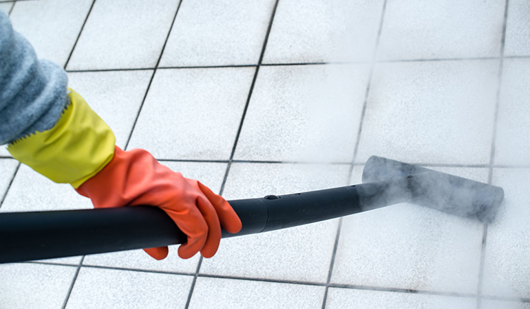Clean dirty, smelly tiles
