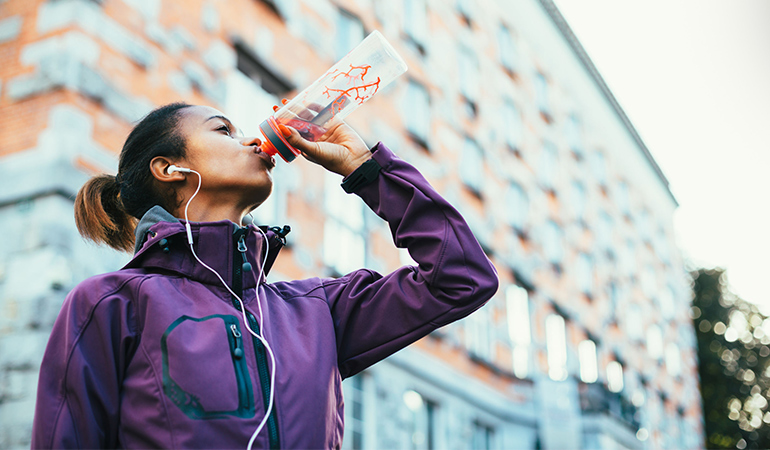 Use alarms to remind yourself to drink water.