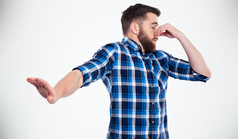 Irritated anal skin causes burning farts, while sulfur compounds released during digestion cause stinky farts