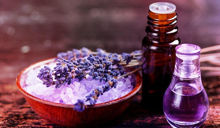 Lavender essential oil helps you calm down