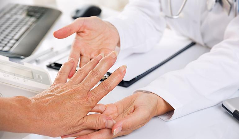 Pineapple contains anti-inflammatory properties that help reduce arthritis pain