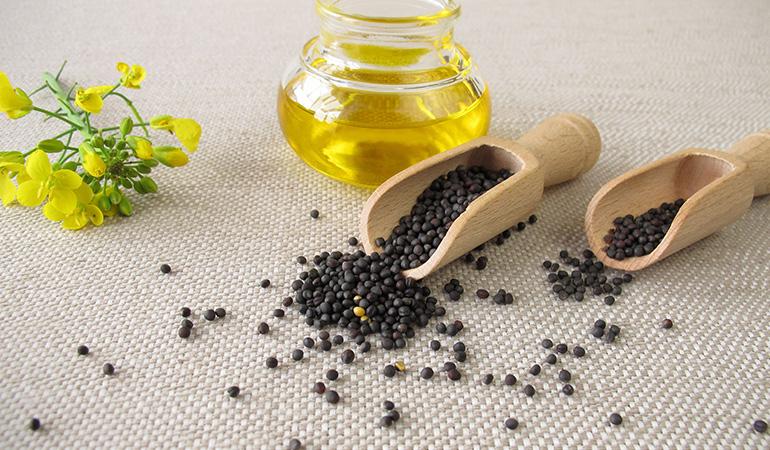 Canola oil aids heart health.