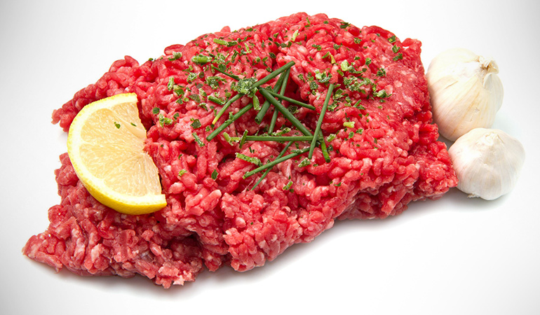 Ground beef is a protein-rich food that can help you build muscle