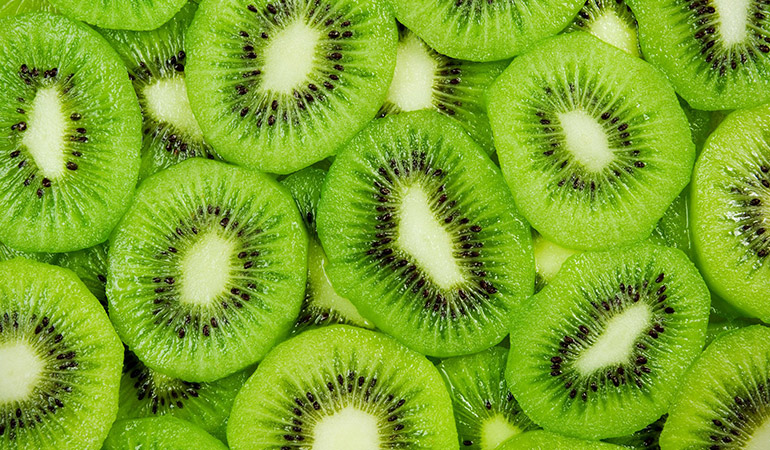 Kiwi Can Keep You Looking Young Even As You Age