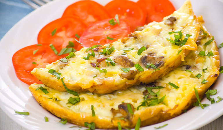 Mushroom omelette hydrates your skin and prevents wrinkles.