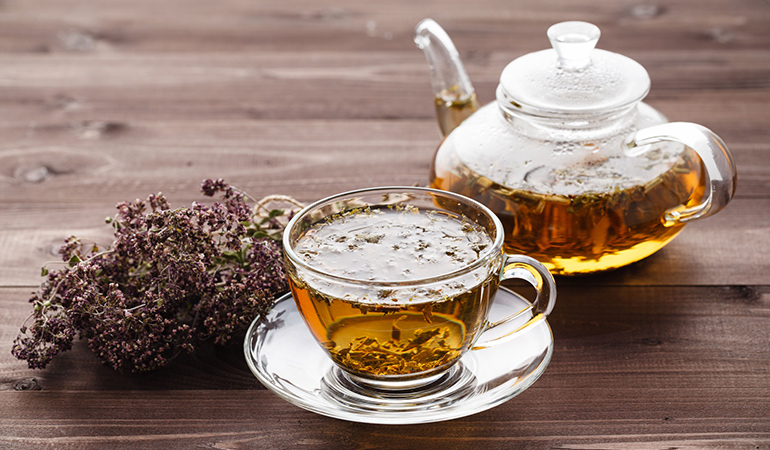 Drinking oregano tea every day can help boost your immunity to fight of future congestion-related issues.