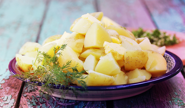 Resistant starch keeps the gut healthy, aids in weight loss, and manages blood sugar levels.