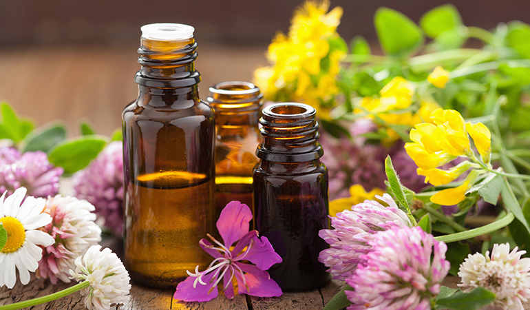 Essential oils relieve anxiety symptoms.