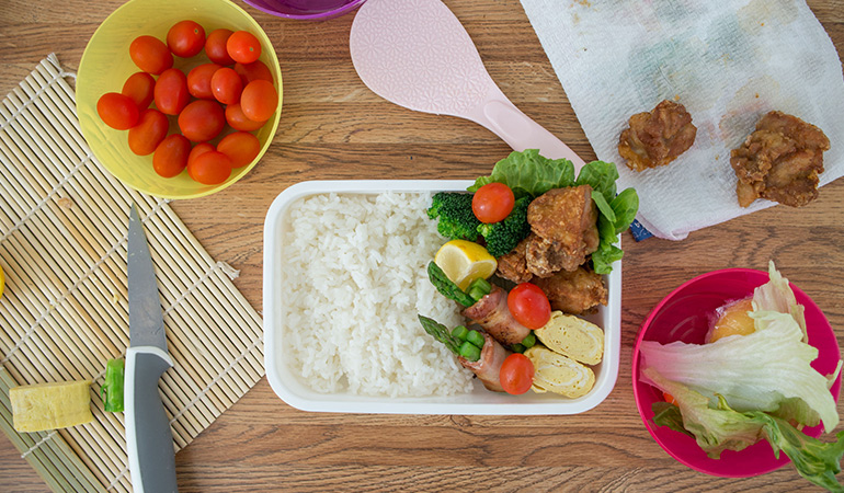 Pack a lunch so that you don't get tempted to eat unhealthy foods