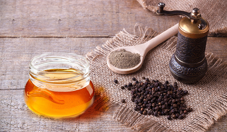 Black pepper and honey reduce flatulence.