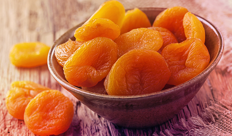 Half a cup of dried apricots contain 1406 mcg of beta-carotene.