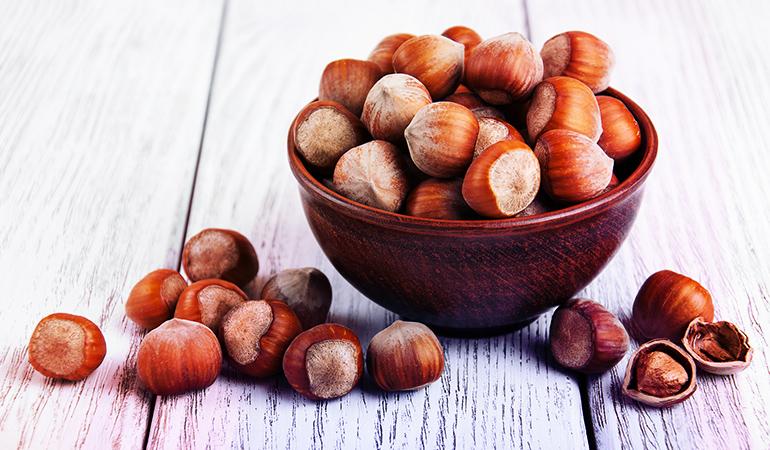1 oz of hazelnuts has 1 mg iron.
