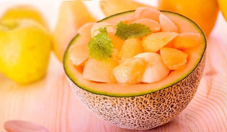 A cup of the muskmelon contains 3575 mcg of beta-carotene.