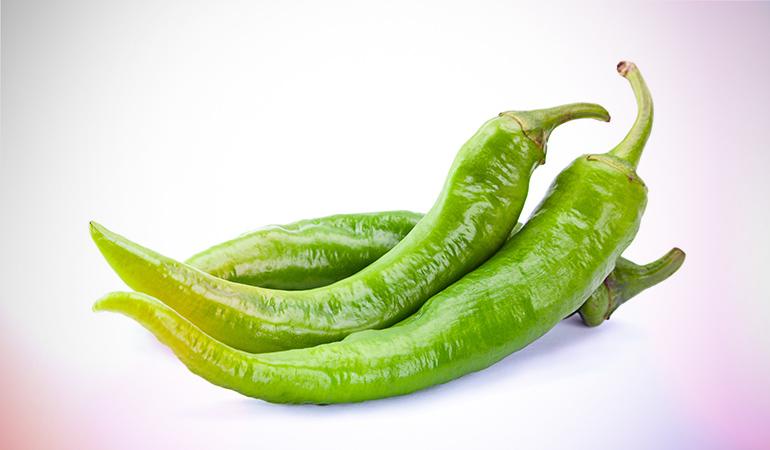 1 raw green hot chili:109.1 mg of vitamin C (121.2% DV)