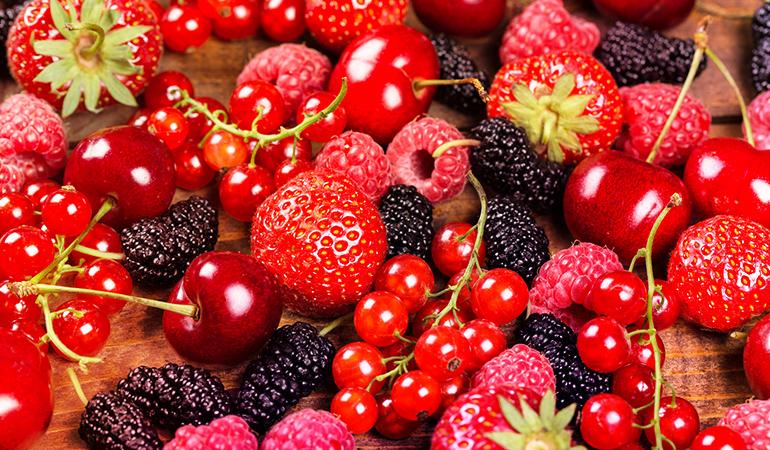 1 cup of blackberries: 42 mg (3.2% DV)