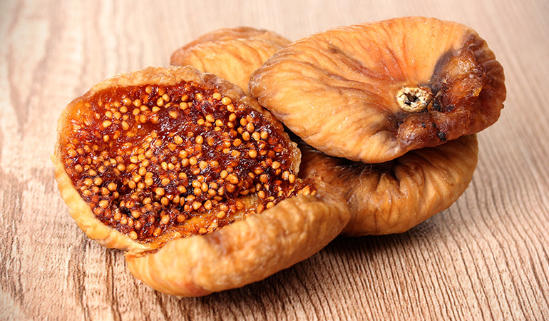 Half a cup of dried figs has 11.6 mcg of vitamin K (9.6% DV).