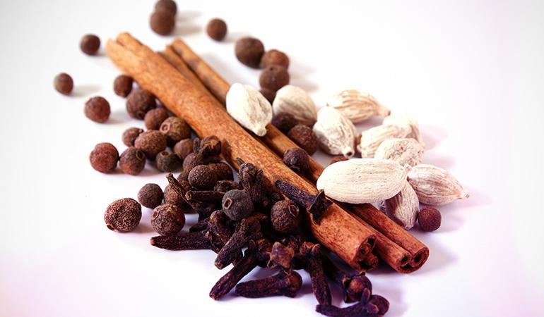 1 teaspoon of ground cloves has 1.263 mg or 54.9% DV manganese.